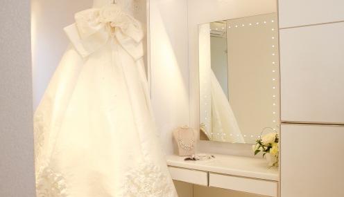 7か月マタニティで結婚式   F夫妻
